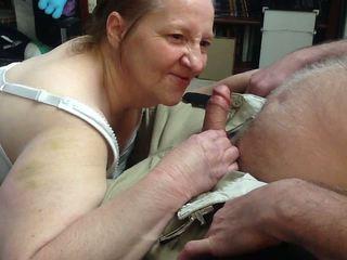 beobachten blowjobs, überprüfen sperma im mund echt, sie grannies qualität