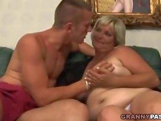 bbw neuken, meest grannies scène, alle matures thumbnail