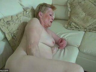 Oldnanny napalone stary babcia z ładniutka dziewczyna masturbate razem
