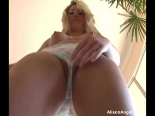 Alison ange does la slow allumeuse