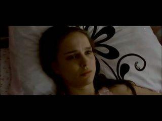 Natalie Portman And Mila Kunis Getting It On