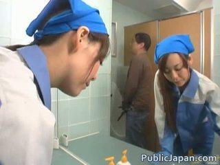 Asiatico executive ragazza scopata in un pubblico autobus gratis video