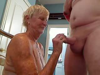 射精, 大胸部, 阿媽