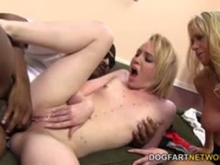 Miley May Watch Her Mom Fuck A Black Guy
