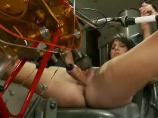 Wide opened milf pussy fucked