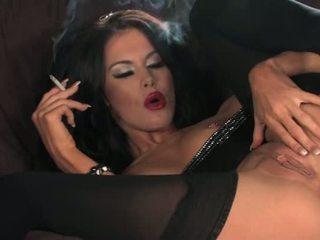 Megan coxx-smoking dhe masturbim