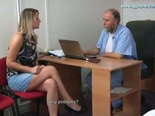 Samantha gyno tentamen av gynecologist