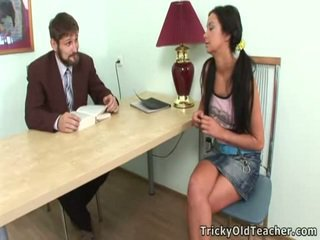 Immoral teacthis chabr seduces hans vakker trainee
