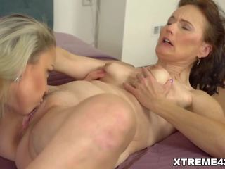pussy licking, licking, lesbians