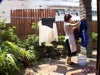 Japānieši mājsaimniece having strange diena xlx