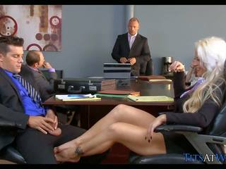 Blondine slet in de vergadering kamer, gratis hd porno 68