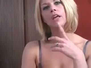 blonde, milf, masturbarea