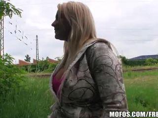 Blond tschechisch mieze fucks für bargeld