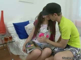 Później całowanie z handsome lad