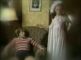 Zlý matka seduces syn