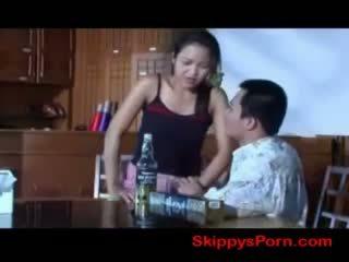 Tailandez fata gets inpulit