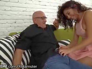 Ravenous mexicana jovem grávida squirts para avô: grátis hd porno 9f