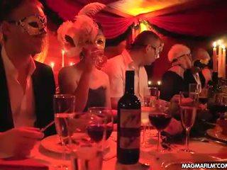 Magma film objekt adhurimi qejfli festë