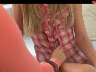 Milf blackmails tiener baysitter