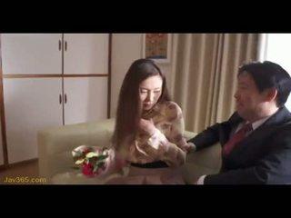 Ooba yui sekretärin fick sie boss 2