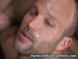 Μυώδης bisexuals γαμώ Καυτά κορίτσια!