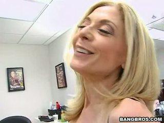 कट्टर सेक्स, बिग डिक, बड़े स्तन