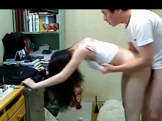 Koreaans ouder broer neuken haar younger sister