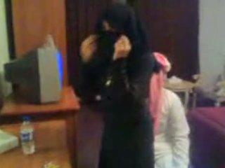 Koweit arab hijab prostituierte eskort arab middle ea