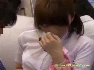 Skolniece getting viņai vāvere rubbed ar a dzimumloceklis
