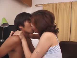 Japonais belle mère maltraitance par en chaleur husbands fils vidéo