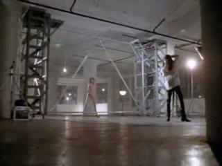 Angelina jolie në i parë seks skenë