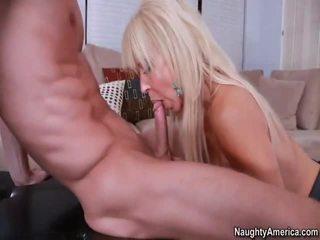 Rallig blond gymnasts