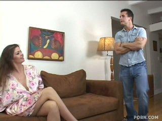 巨乳 step-mom 他媽的 她的 兒子