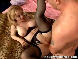 Szexi momma nina hartley getting screwed így jó ő cant segít nyögés