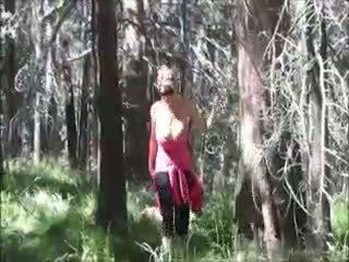 Kelly madison loves baise en la woods