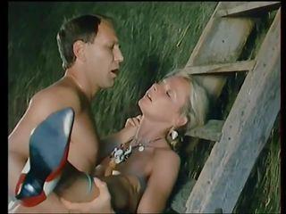 Flying skirts - 1984: de epoca hd porno video 8d