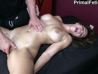 Erotisch massage 74: heet fitness model needs naar sperma