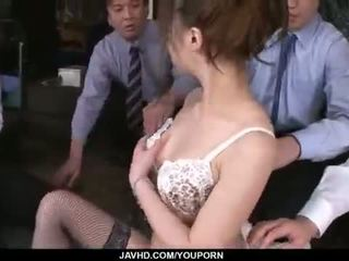 Aiko hirose gets ระยำ โดย ทั้งหมด เธอ ออฟฟิศ colleagues