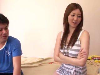 Sleaze yui tatsumi cooks ylös intohimoinen insane täsmällinen nearby hänen mate