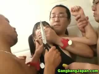 الآسيوية وقحة مجموعة grope طقوس العربدة