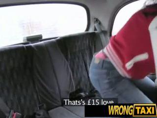 Sexy facultad chav thief tries a carrera has a chupar y joder la taxi driver