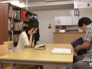 Nakal jepang students kacau di itu perpustakaan