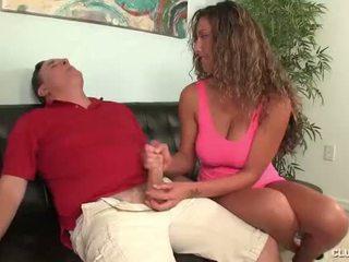 Clubtug-horny jovem grávida jerks fora dela tio