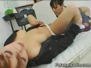 Aziatisch futanari babe nymfomane!