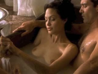 Angelina jolie & michelle williams uncovered!
