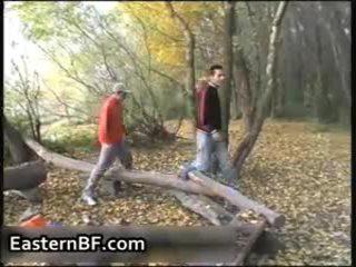 חרמן east אירופאי boys הומוסקסואל מזיין ו - 10 pounder engulfing