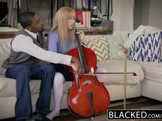 Blacked primo interrazziale per ricco ragazza riley nixon