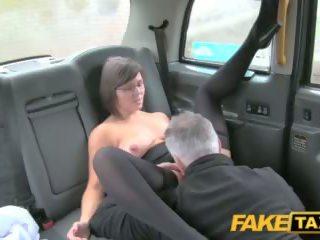 Fake taxi driver enjoys a geras milf arse rimming