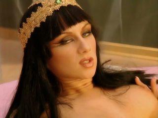 Cleopatra 1-1: brezplačno analno hd porno video 39