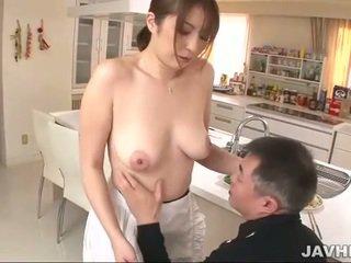 Tettona giapponese does boobjob